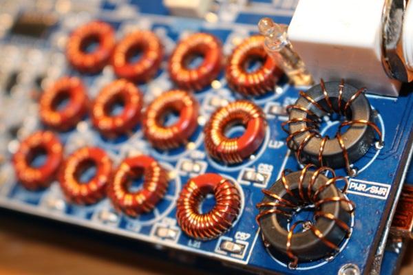 Building the M0NKA mcHF SDR transceiver